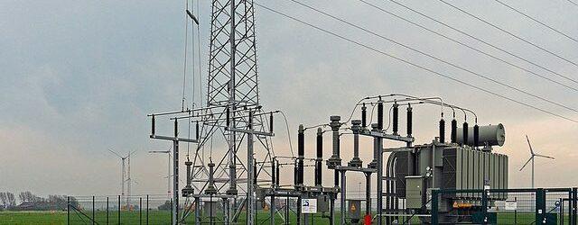 high-voltage-1290375_640